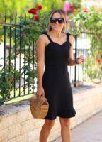 ELB1199XX.jpg-siyah-omuzu-baglamali-volan-detay-elbise-ELB1199